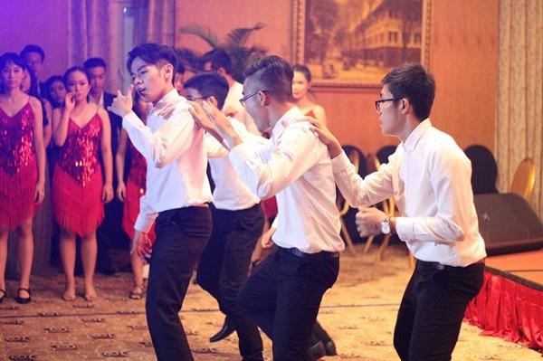 dance12-1477985836619
