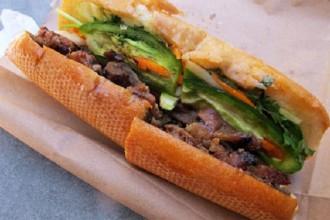Bánh mì của Việt Nam từng nhiều lần nằm trong danh sách các món ăn ngon nhất thế giới. Ảnh: Julie deshaies.