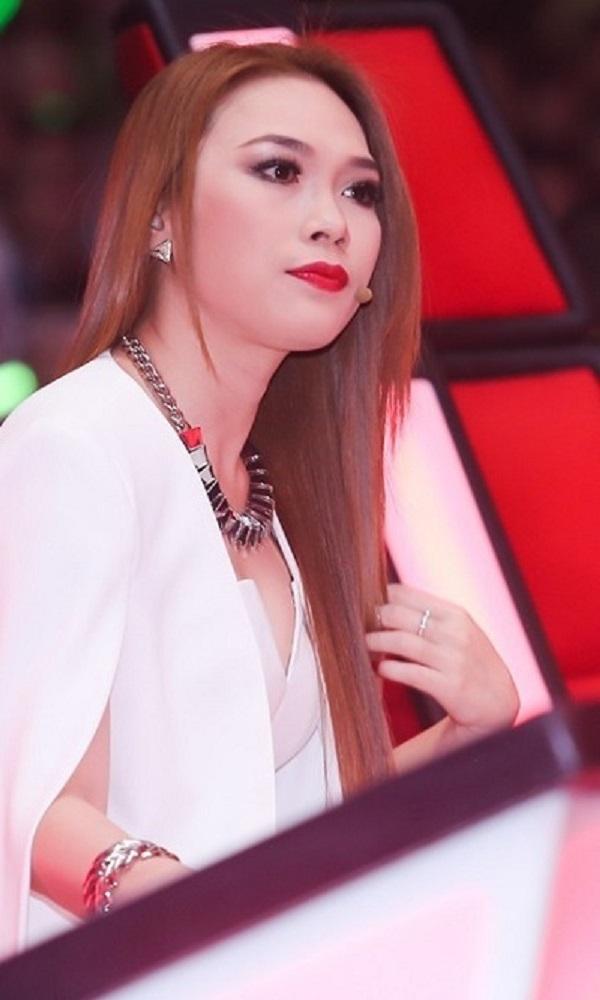 Mỹ Tâm thuộc Top nghệ sĩ giải trí hàng đầu Việt Nam hiện nay.