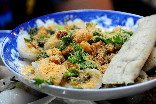 Bánh bèo Huế, bánh bột lọc Phan Thiết là những món ăn miền Trung được nhiều người ưa thích.