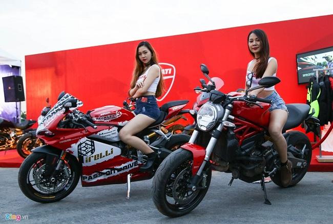 Ducati cũng góp mặt trong chương trình với những mẫu xe chính hãng như sportbike 959 Panigale và Monster 821.
