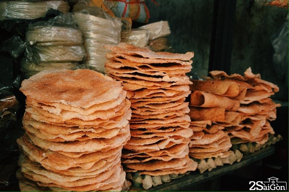 Bánh tráng - thức quà quen thuộc của người Việt