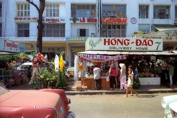 Nguyễn Huệ là con đường vui chơi đẹp nhất Sài Gòn trước 1975