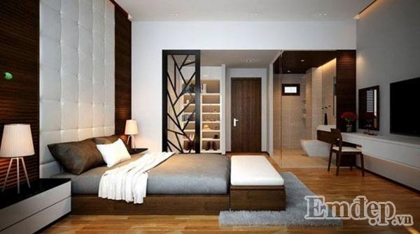Phòng ngủ ấm áp của vợ chồng gia chủ.