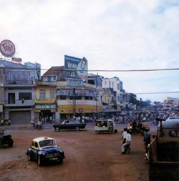 Khu vực chợ Nancy ở đường Cộng Hòa, nay là đường Nguyễn Văn Cừ, Sài Gòn thập niên 1960.