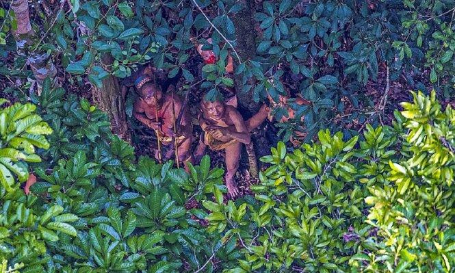 Các thành viên bộ lạc bí ẩn - Ảnh: Ricardo Stuckert
