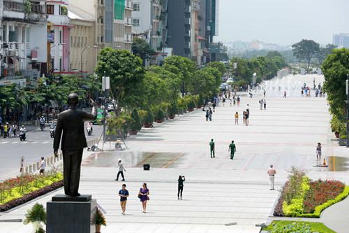 Phố đi bộ Nguyễn Huệ - Ảnh: Độc Lập