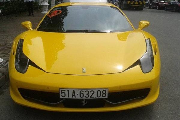 """""""Ngựa hoang"""" 458 Italia xuất hiện lần đầu tiên tại triển lãm Frankfurt Motor Show tháng 9/2009, và chính thức bán ra thị trường thế giới khoảng nửa đầu năm 2010."""