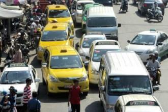 TP HCM hiện có khoảng 11.000 xe taxi truyền thống. Ảnh: Hữu Công