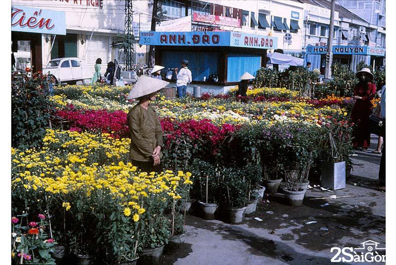 Chợ hoa Nguyễn Huệ xưa gắn liền với Tết của người Sài Gòn