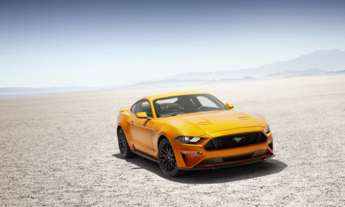 Ford Mustang 2018 là bản nâng cấp giữa vòng đời.
