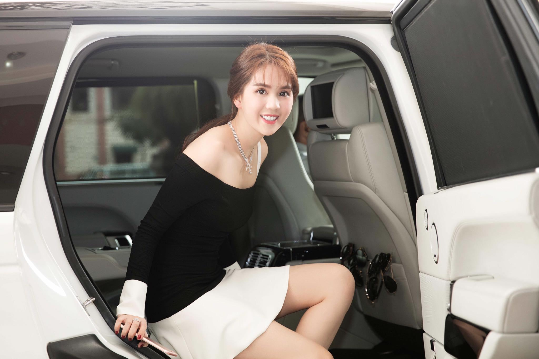 Ngọc Trinh kiếm được không ít được thu nhập từ công việc kinh doanh, làm người mẫu quảng cáo để có được căn hộ này.