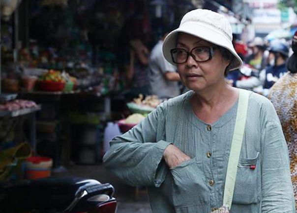 Cuộc sống mưu sinh bằng vé số của nghệ sĩ nổi tiếng Trang Thanh Xuân