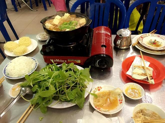 Quán dê Xương Ký (Quang Trung, quận Gò Vấp) là địa điểm thưởng thức món dê của thực khách khu vực này. Ảnh: Facebook quán.