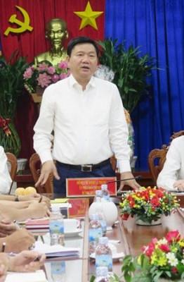 Bí thư Thăng phát biểu tại buổi làm việc với Phòng . Ảnh: Khánh Trung.
