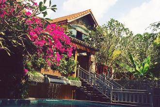 Nằm cạnh sông Sài Gòn, An Lâm Saigon River Villas lại mang thêm vẻ đẹp của tự nhiên, đón những cơn gió sông thổi vào.
