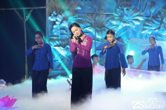 4. Ca si Trung Hau (3)
