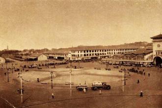 Saigon - Place Marché (chợ Bến Thành)  năm 1932. Ảnh tư liệu.