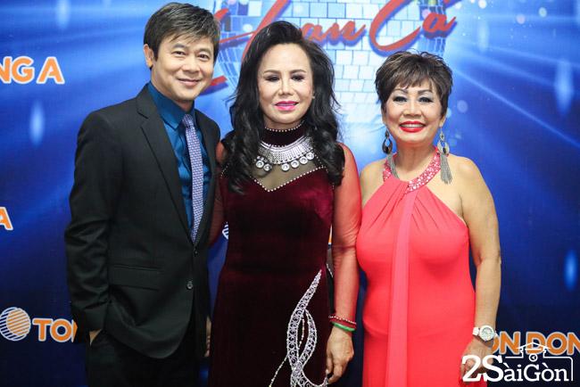 9. Giam khao Tuyet Loan - Thanh Tuyen - Thai Chau (1)