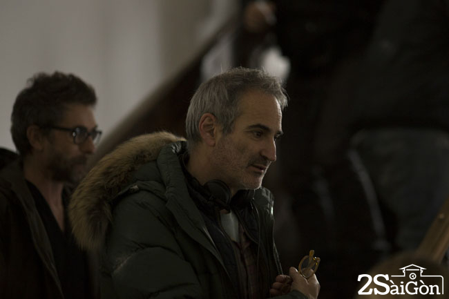 Dao dien Olivier Assayas