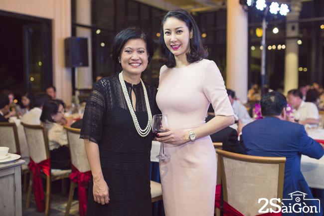 Ha Kieu Anh va Tong lanh su Hoang gia Thai Lan Ureerat Ratanaprukse (1)