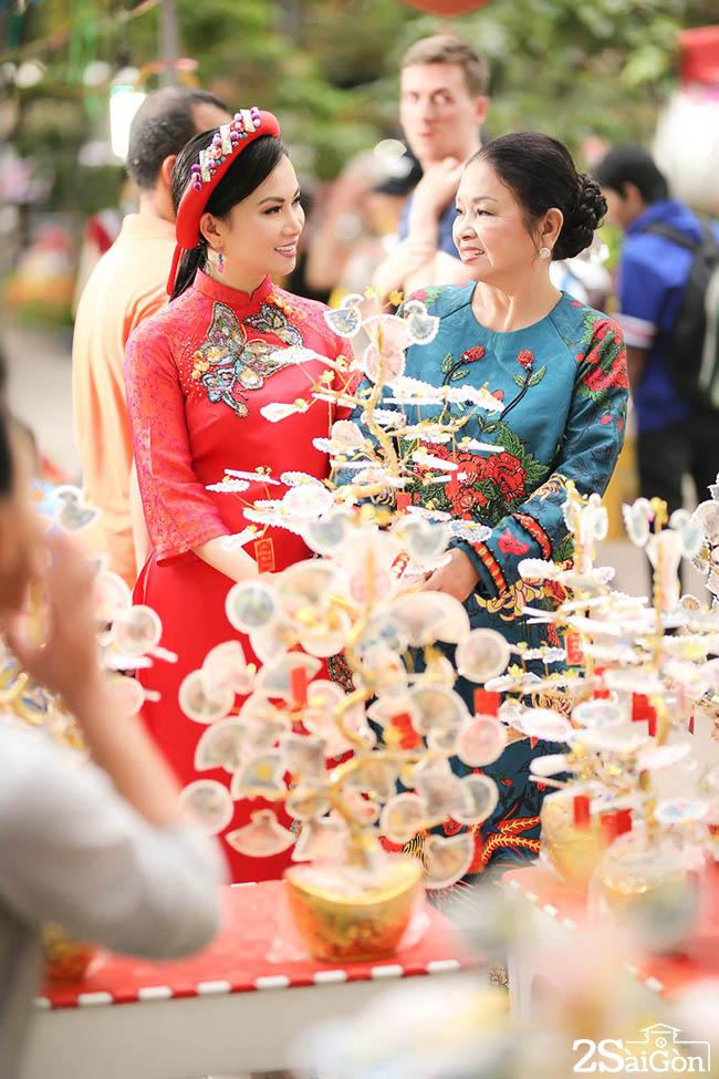 ha-phuong-2saigon-122017-6