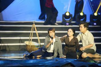 2. Tuan Dung & Me - Tiet muc Sa Mua Giong (7)
