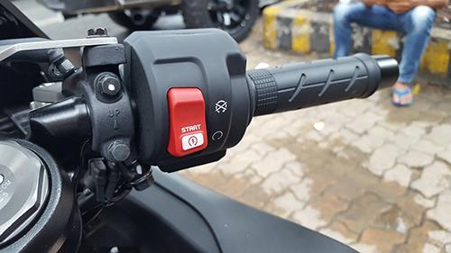 Honda CBR1000RR 2017 trang bị hệ thống 9 chế độ kiểm soát lực kéo HSTC.
