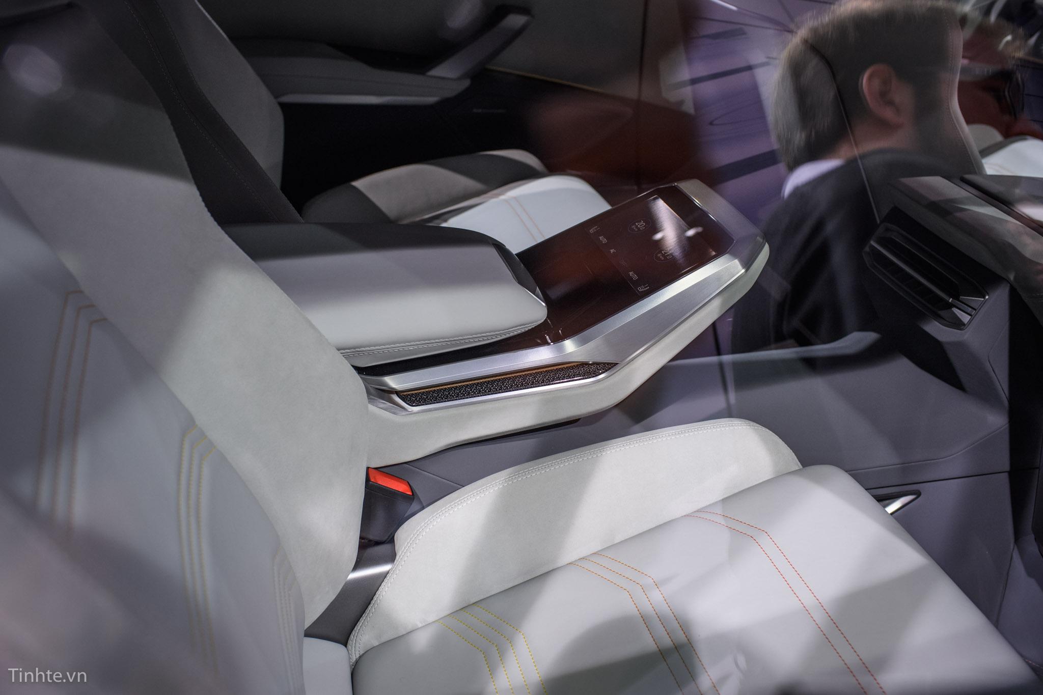 3996106_Audi-Q8-Concept-14