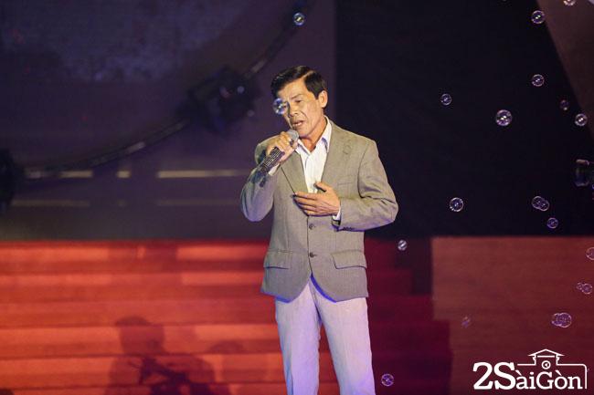 6. Nghe si duong pho Manh Thuong (2)