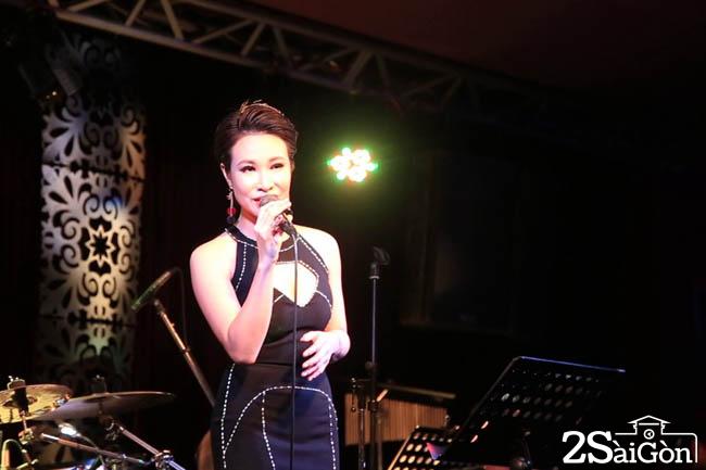 Uyen Linh (1)