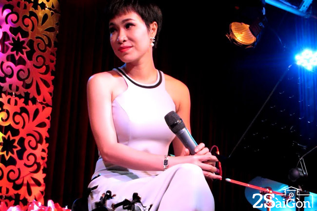 Uyen Linh (2)