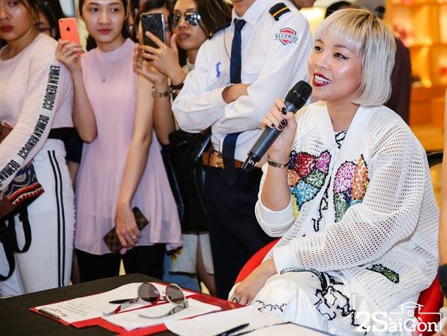 NTK Devon bi quyen ru boi su tu tin cua Nguyen Thi Tuyen