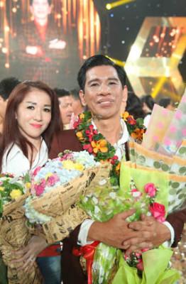 10.Ca si Duc Minh va ba xa Anh Thu (3)