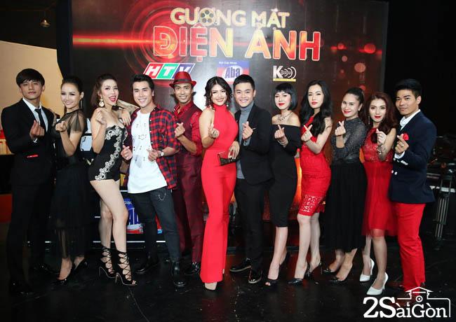 12 thi sinh tham gia Guong mat dien anh