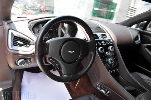 Nội thất Aston Martin Vanquish sử dụng chất liệu da cao cấp