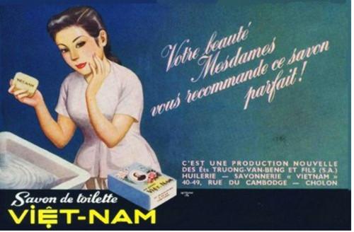 Quảng cáo bằng tiếng Pháp của nhãn hiệu Xà bông Việt Nam hay còn gọi là Xà bông Cô Ba