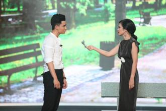 1. Giam khao Viet Trinh thi pham cho thi sinh Duy Tien (4)