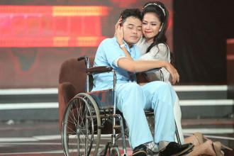 2. Viet Trinh thi pham phan thi cua Thanh Truc va Lyna Trang (16)
