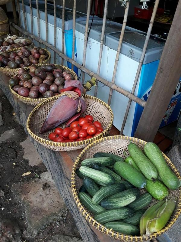 """Những phiên """"chợ quê"""" được mở từ sáng tới chiều."""