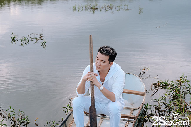 DAM VINH HUNG_NGAU HUNG BOLERO (1)