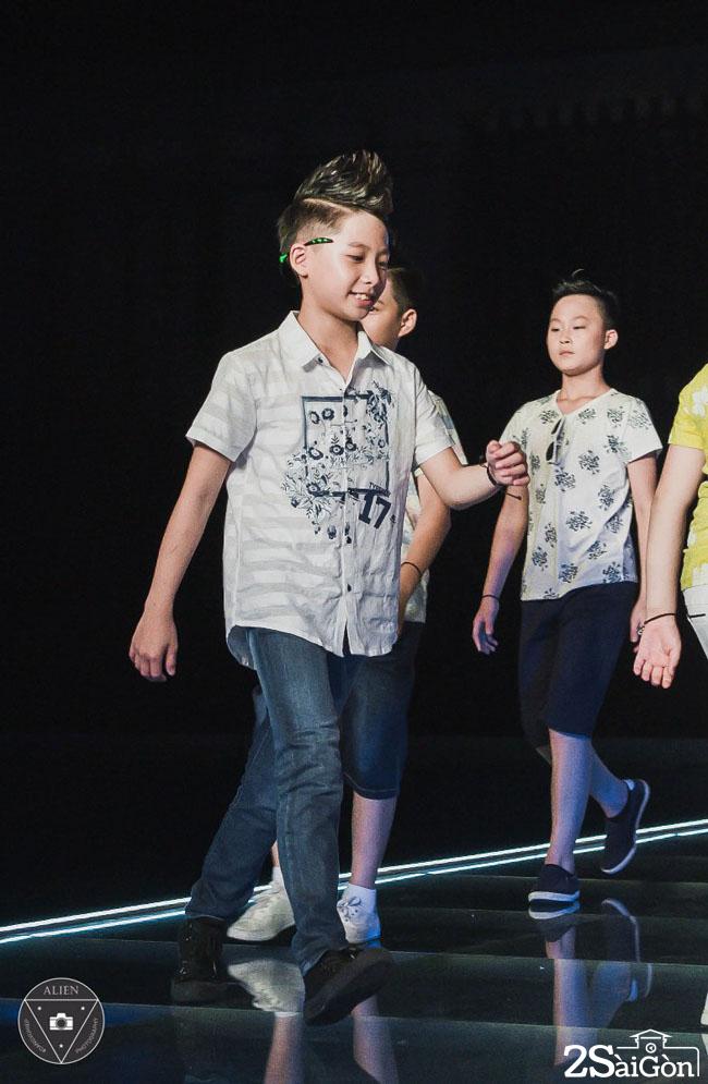 To Trung Tin tai Vietnam Junior Fashion Week 2017 (1)_784x1200
