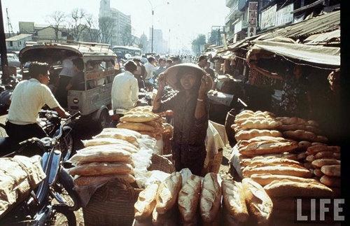 .Bánh mì Sài Gòn trên báo Life