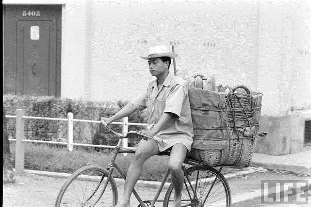 Bánh mì Sài Gòn trên tạp chí Life - Ảnh: tư liệu
