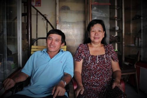 Vợ chồng cô Tuyết là người nối nghề của ông bà, cha mẹ để lại. Ảnh: Ngọc Nhiên