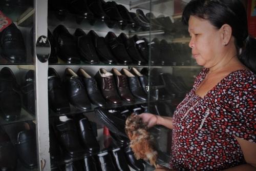 Tiệm giày 555 Tuyết Tiến nằm trên đường Đoàn Văn Bơ, quận 4, TP.HCM. Ảnh: Ngọc Nhiên