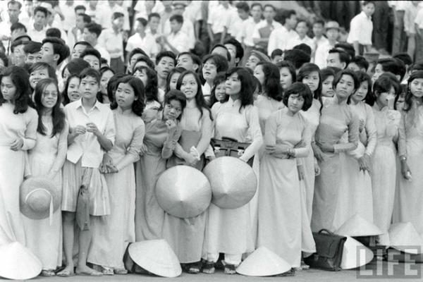 Nghinh tân những vẫn thủ cựu, Sài Gòn vẫn luôn là một bức tranh lập thể tuyệt vời như thế.