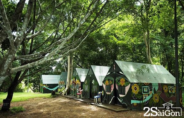 Lều phục du khách ở lại gần gũi với thiên nhiên