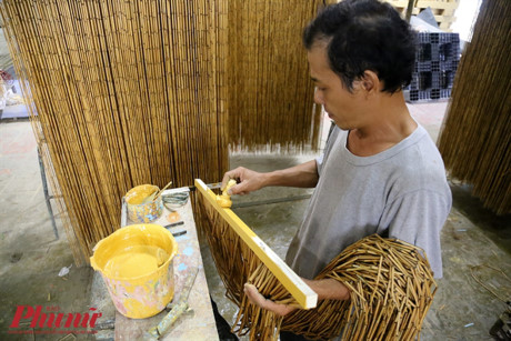 Ông Phong đã gắn bó với công việc này hơn 30 năm nay.