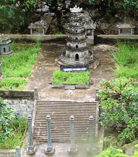 Di tích chùa Thiên Mụ.